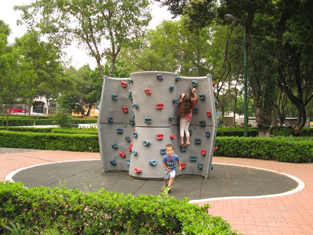 climbing-wall-in-park