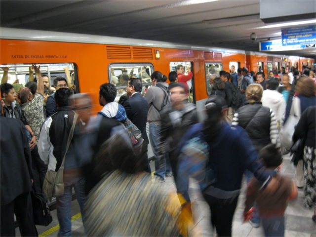 Craziness in Mexico City's downtown Metro station