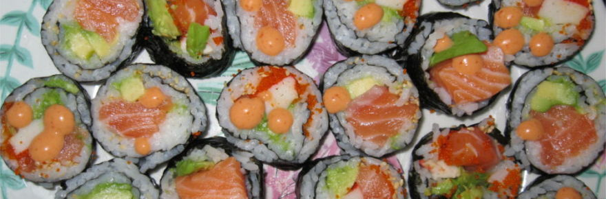 plate-full-of-sushi-featured