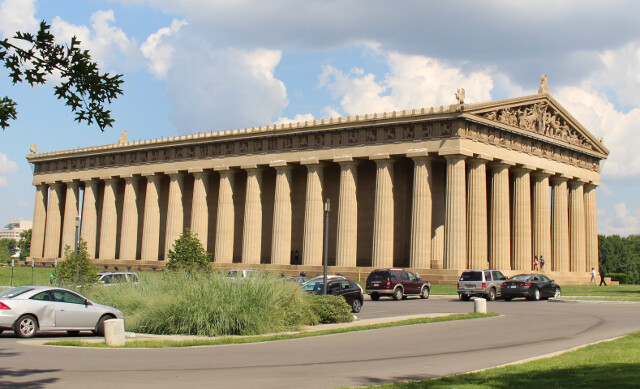 Who put the Parthenon in the middle of Nashville?
